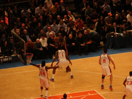 Amare guarding the Boy Wonder