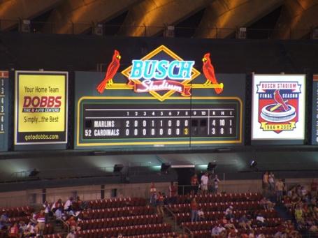 Busch Stadium 2 scoreboard