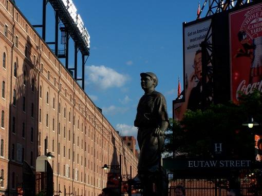 Babe Ruth statue CYrd  52605