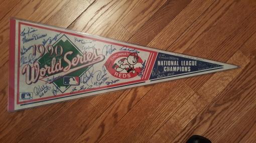 1990 World Series pennant