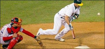 Ramon Hernandez bunt 2003 ALDS