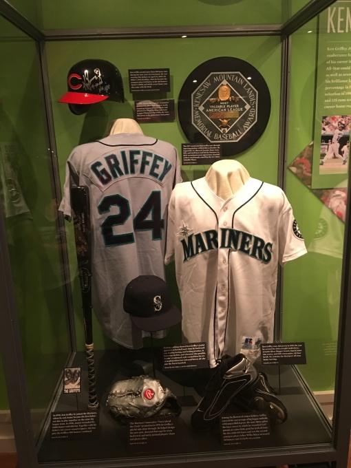 Griffey display
